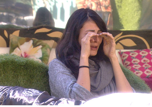 Bigg Boss 9: Mandana In Deep Trouble, Legal Soup And Boyfriend Issues!
