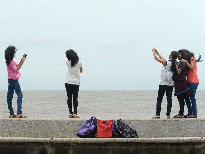 Now, New Ban Bars You From Taking Selfies In 16 Mumbai Areas!