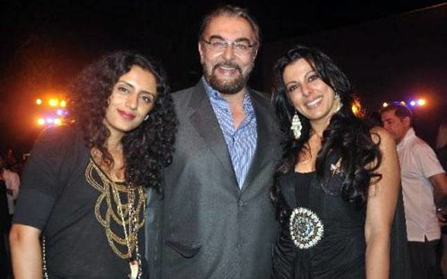 Kabir Bedi Lashes Out At Daughter Pooja For Her Nasty Comments