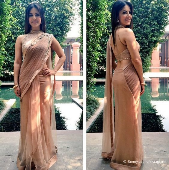Sunny Leone Looks Rocked In The Traditional Look