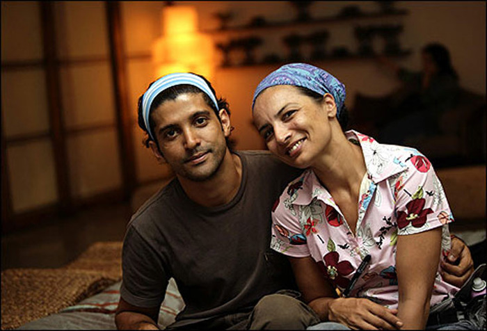Adhuna And Farhan Akhtar Separate After 15 Years Of Marriage!