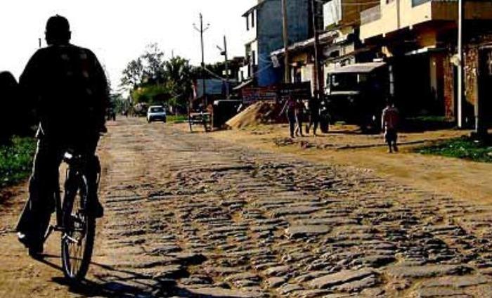Bihar To Use WhatsApp To Repair Bad Roads