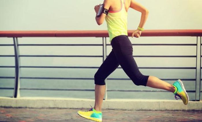 6 Tips For Buying Running Shoes: Fit & Buying Tips