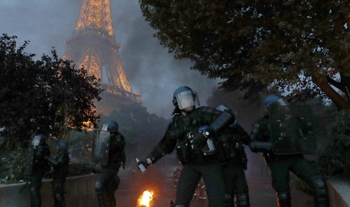 Eiffel Tower Closes Due To Euro Soccer Final Riots