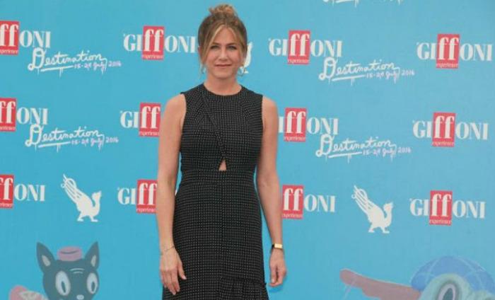 Jennifer Aniston Gets Emotional At Italian Film Festival
