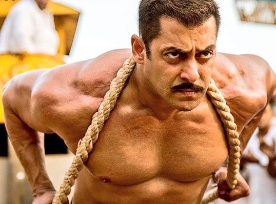 Salman Khan's Sultan Is A Hit With Bollywood; Here Are The Top Celebrity Tweets On Sultan!