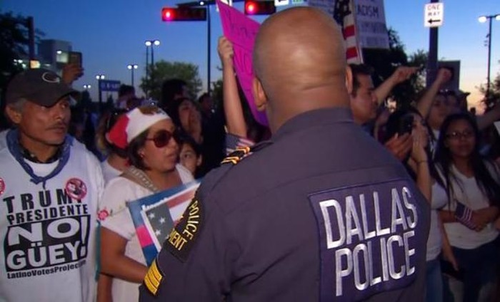 Four Policemen Were Shot Dead In Dallas Protest When Two Snipers Opened Fire