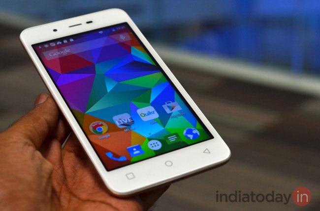 Best Smartphones Priced Below Rs.6k - Micromax Canvas Spark