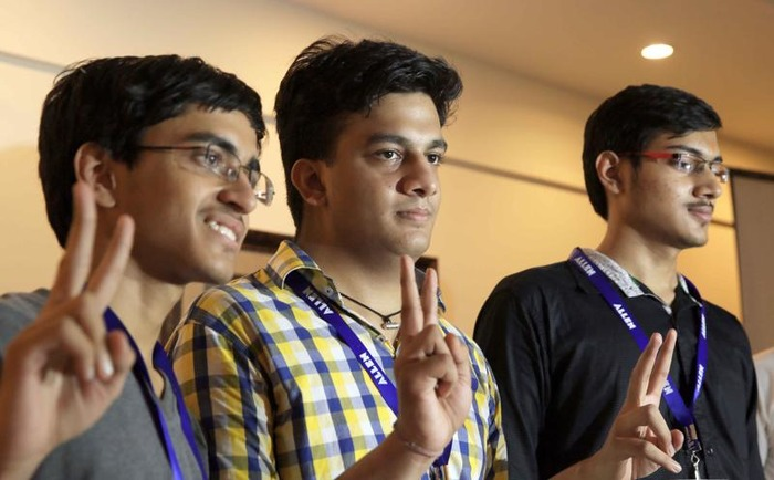 IIT JEE Advanced 2016 Results: Meet The Toppers!