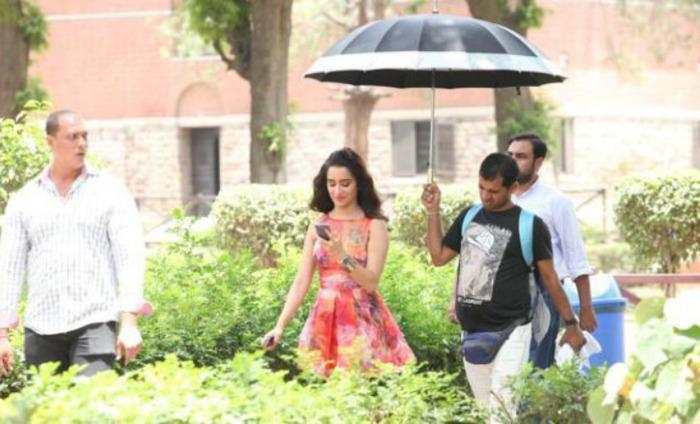 Arjun Kapoor & Shraddha Kapoor Shoot For Half Girlfriend In DU
