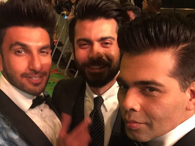 Ranveer Singh's Fanboy Moment With Fawad Khan At IIFA Green Carpet
