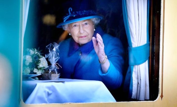 Britain's Queen Elizabeth To Get A Hefty Pay Rise; 57 Per Cent Increase Since 2012