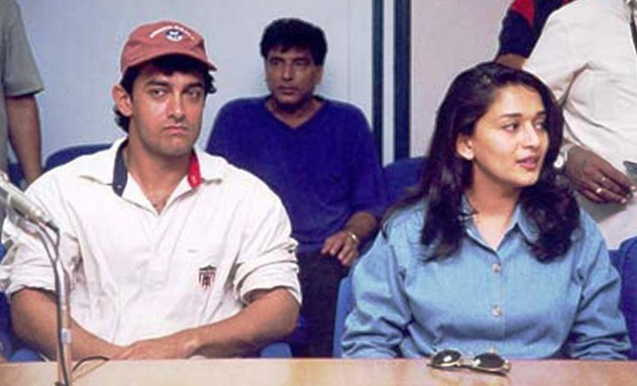 Here's Why Madhuri Dixit Chased Aamir Khan With A Hockey Stick!