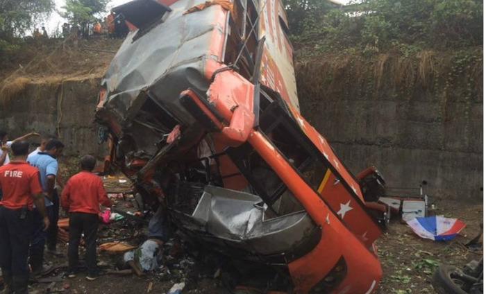 Mumbai-Pune Expressway Accident Leaves 17 Dead & 40 Injured