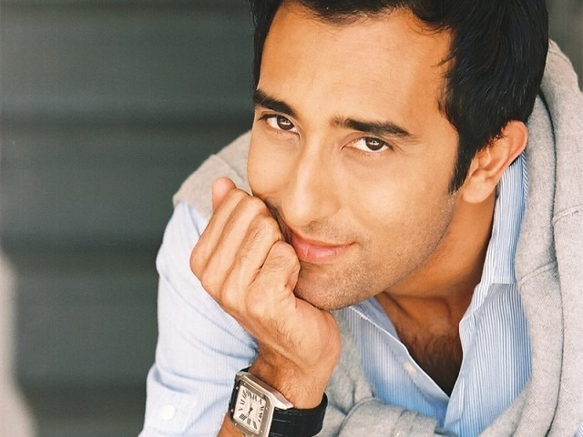 Want To Know Why Rahul Khanna's Trending? Here's Why...