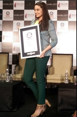 Sonakshi Sinha Enters Her Name In Guinness Book