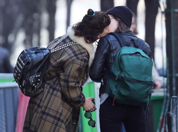 Kristen Stewart Shocks Us With Her PDA Moment With Girlfriend SoKo