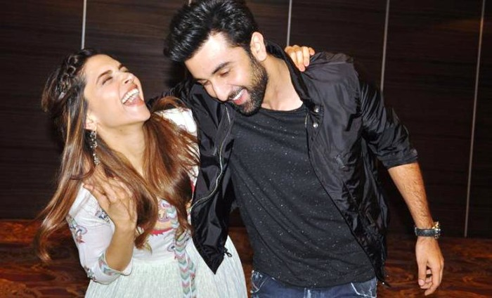 Ranbir Kapoor And Deepika Padukone Caught Chatting At His House