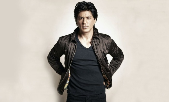 It's Confirmed: Shah Rukh Khan Will Be Playing The Role Of A Dwarf In A Love Story