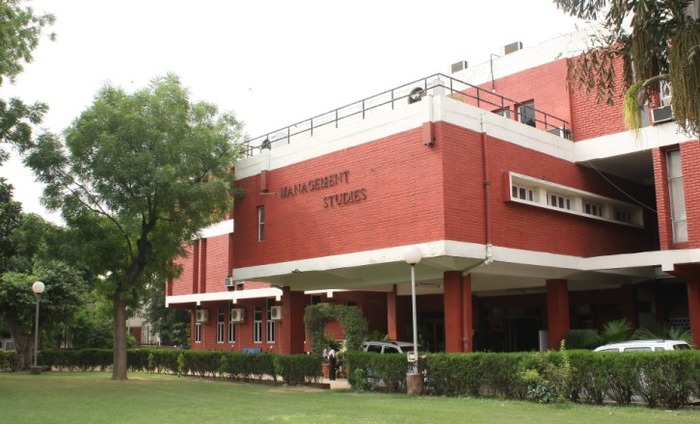 DU Management Student Grabs Rs 1.02 Crore Package
