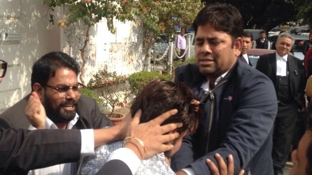 #JNU Row: Lawyer Goons Beat Kanhaiya Kumar In Jail