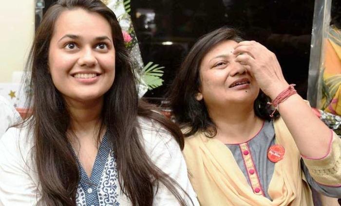 UPSC Results: Delhi Girl Tina Dabi Tops While Kashmiri Youth Follows Close Behind