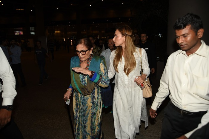Wedding On The Cards? Salman's Girlfriend Iulia Spotted With Salma Khan