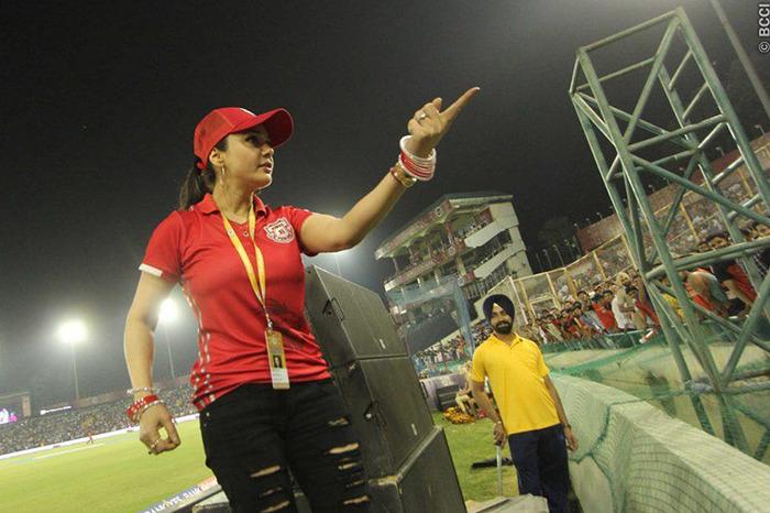 Angry Preity Zinta Lashes Out At Media Over False Sanjay Banger Episode