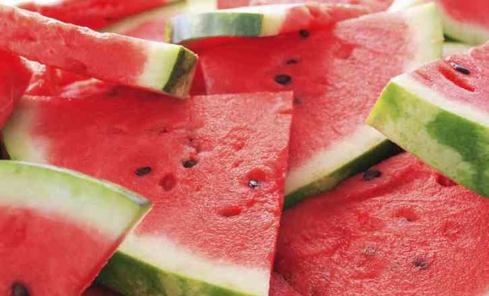 Skin And Hair Benefits From These 6 Summer Fruits