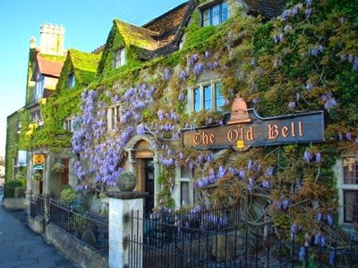5 Of The Oldest Hotels Around The World You MUST Visit This Summer!