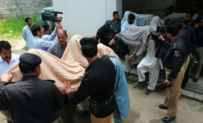 Pakistan Honor Killing: Teenager Set Ablaze For Helping Her Friend Elope