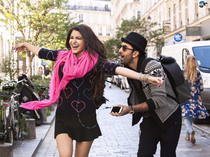 Ae Dil Hai Mushkil Movie Review: A Perfect Blend Of Old School Love Story With The New-Age Twist!
