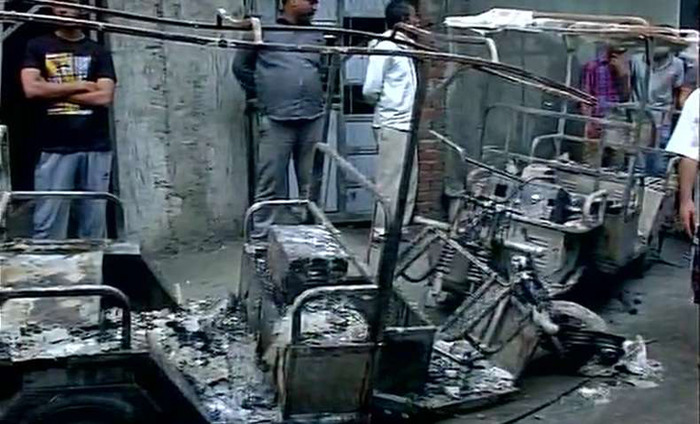 Major Fire Break Out In A House At Shahdara, 3 People Killed And 10 Injured