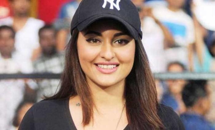 Sonakshi Feels Actors Are Always Under Pressure To Look Perfect