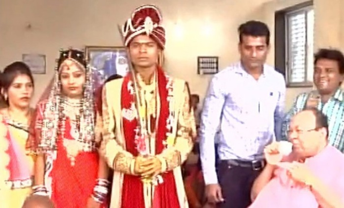 Demonetisation Effect: Surat Couple Gets Married In Just Rs 500
