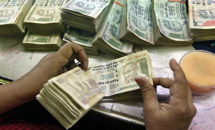 Demonetization: Exchange Of Notes Limited To Rs 2000 From Friday