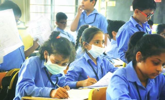 Delhi Shuts Schools, Steps Up Battle Against Smog