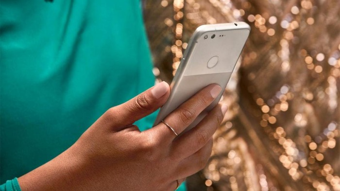 Specs, Features & Design: Here's All You Need To Know About Google's Latest Smartphone 'Pixel'