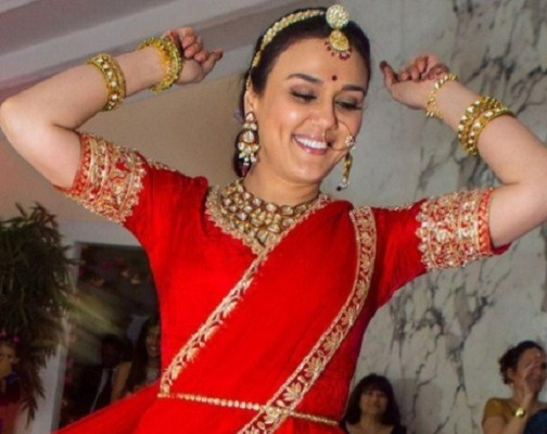 YAY! Preity Zinta's Wedding Pictures Are Out!