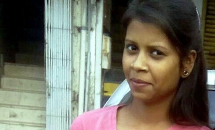 21 Year Old Delhi Woman Karuna Stabbed 22 Times By Stalker
