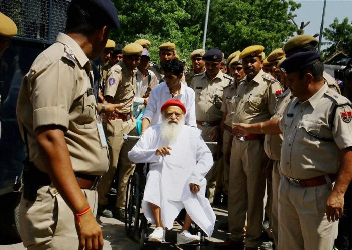 Controversial Leader Asaram Bapu Supporters Create Hell For Passengers On Flight