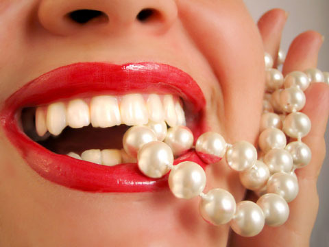 Tips To Maintain Strong And Healthy Teeth