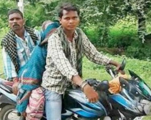 MP Man Denied The Ambulance Facility, Forced To Carry Mother's Dead Body On His Motorcycle