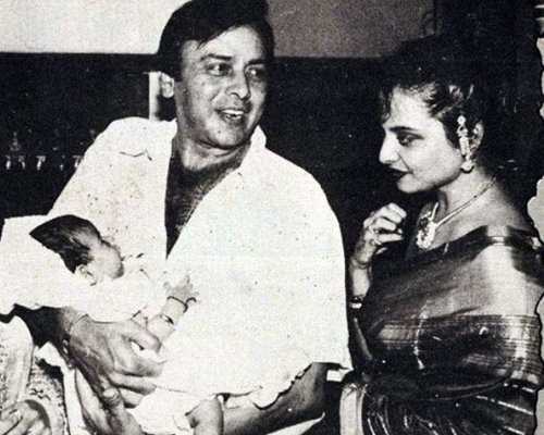 Rekha's Life Beyond Amitabh Bachchan And Two Failed Marriages