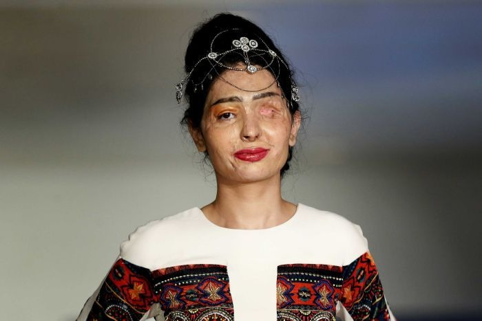 Acid Attack Reshma Quereshi Survivor Stuns The Audience At New York Fashion Week