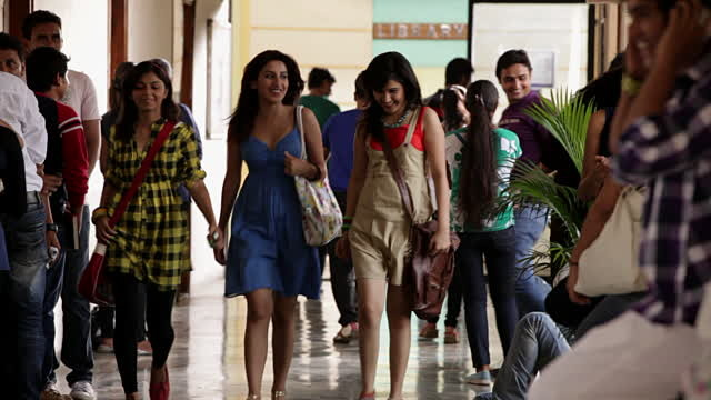 In WTF News: Women Dressing Like Men Develop Polycystic Ovaries, Says Mumbai College Principal