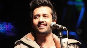 Atif Aslam Stops Concert Mid-Way To Save A Girl From Eve-Teasing