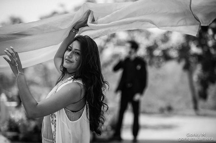 Decoding Surbhi Chandna AKA Fiery Anika's  Looks From Ishqbaaz