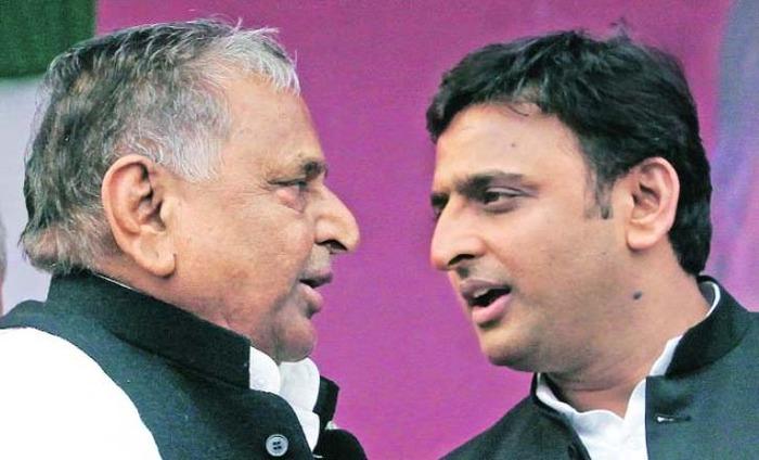 Samajwadi Party Feud: Mulayam Singh And Akhilesh Yadav StandOff Details