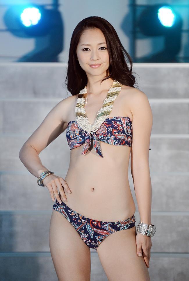 Fashion show girl bikini japanese swimsuit